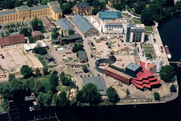 ARTS AND CULTURAL CENTER – MASCHINENHALLE SCHIFFBAUERGASSE POTSDAM